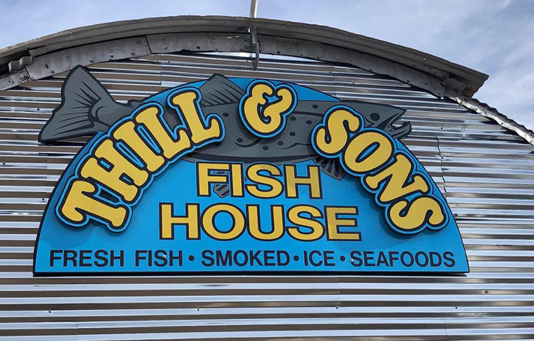 Thill and Sons Fish House Logo